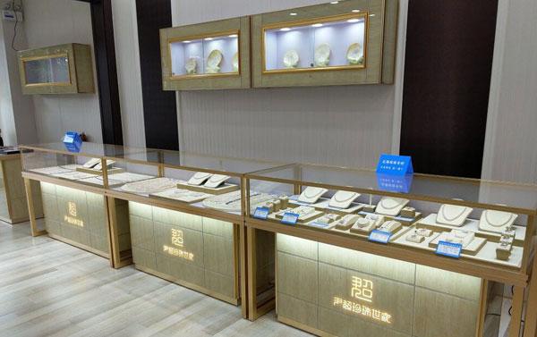 珠宝玻璃展柜定制太贵了怎么办